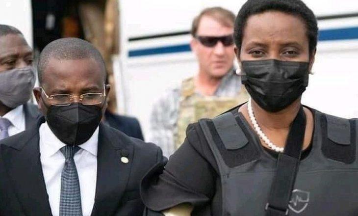 E veja e presidentit të Haitit rikthehet në shtëpi e veshur me jelek antiplumb