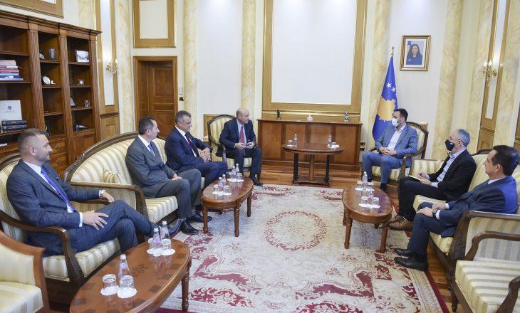 Konjufca priti në takim delegacionin e Kongresit Pan-Shqiptar Amerikan