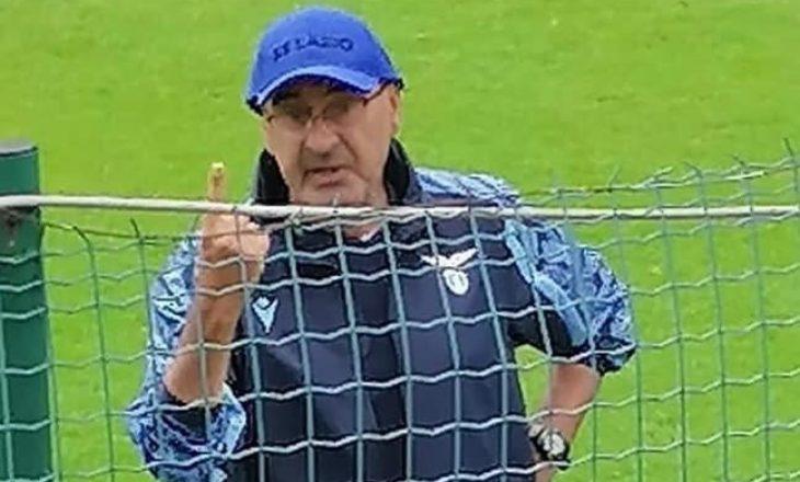 Maurizio Sarri tregohet i ashpër ndaj tifozëve në mbrojtje të Vedat Muriqit