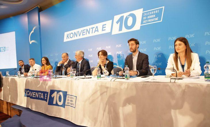 Konventa e PDK-së për zgjedhjen e kryetarit të ri po vazhdon pa prezencë të mediave