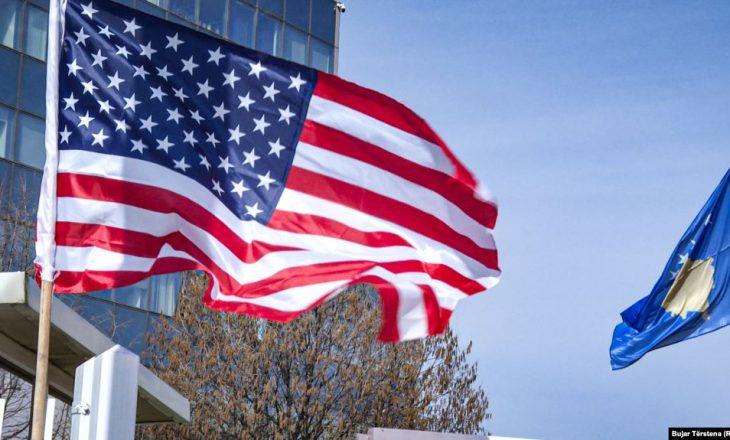 Ambasada e SHBA-së në Kosovë uron Kurban Bajramin në shqip
