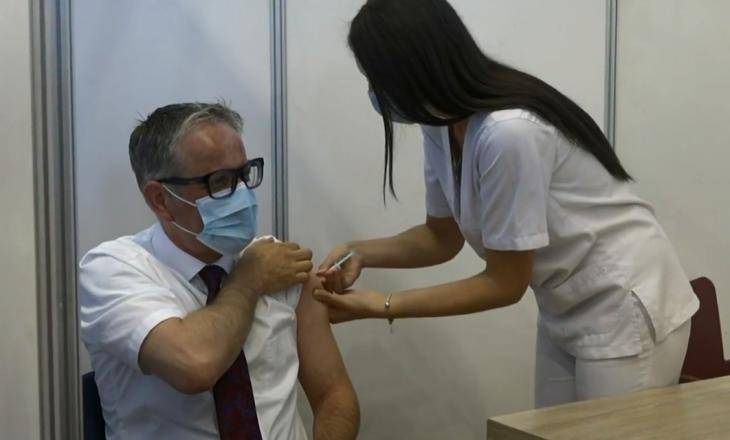 Vaksinohet ministri Arben Vitia