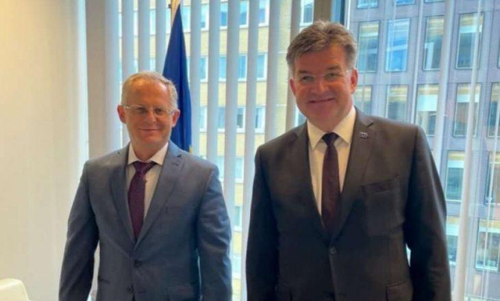 Bislimi pas takimeve në Bruksel: Përmenda ngecjen e implementimit të marrëveshjeve nga ana e Serbisë
