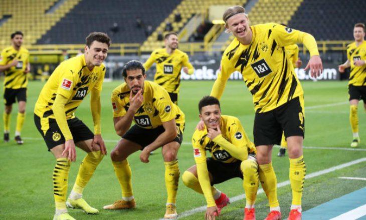 Dortmund pas mesfushorit të Leipzig
