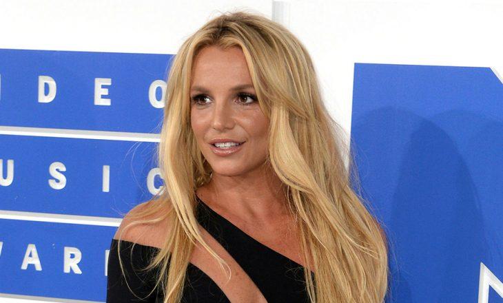 Britney Spears dështon të marrë pavarësinë financiare dhe jetësore nga babai
