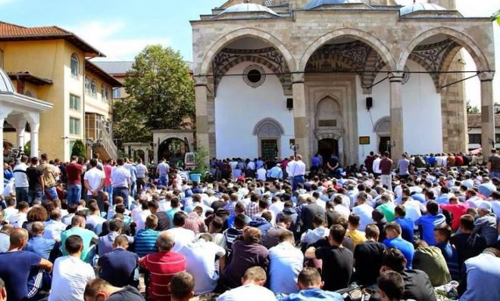 Namazi i Bajramit do të falet me kapacitet të plotë nëpër xhami