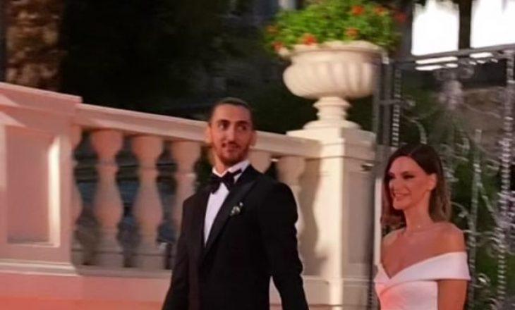 Almeda Abazi marton motrën, pamjet nga ceremonia madhështore