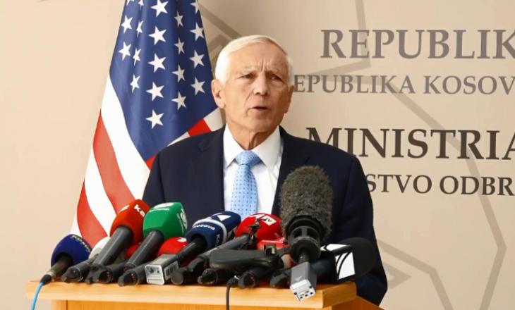"""Shkolla e oficerëve do të emërohet """"Wesley Clark"""" – gjenerali amerikan i impresionuar me demokracinë në Kosovë"""