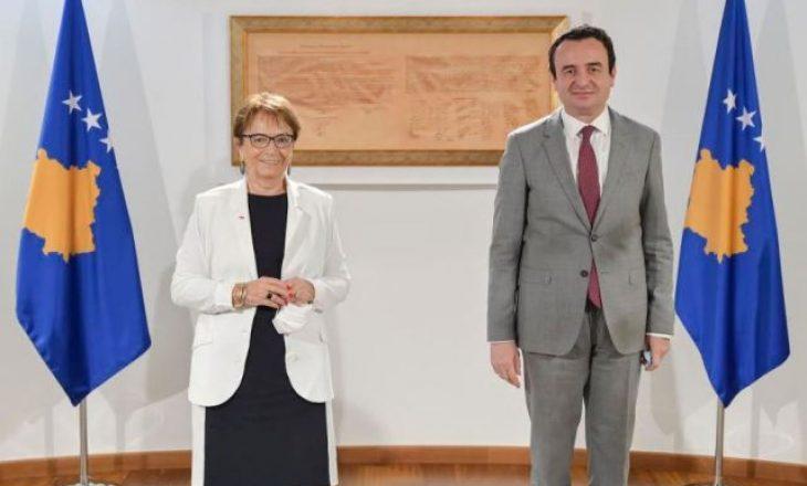 Ish-eurodeputetja Pack vlerëson përkushtimin e qeverisë për të sjell ndryshime në Kosovë
