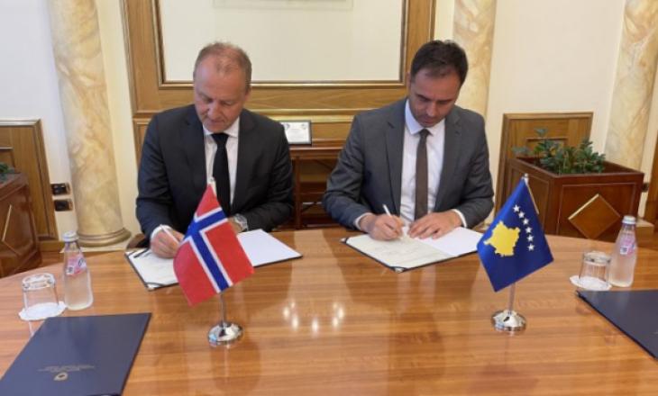 Konjufca dhe ambasadori norvegjez nënshkruajnë Memorandum Mirëkuptimi