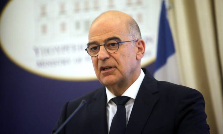"""Deklarata e ministrit grek për pavarësinë e Kosovës po cilësohet """"thikë pas shpine"""" në Serbi"""