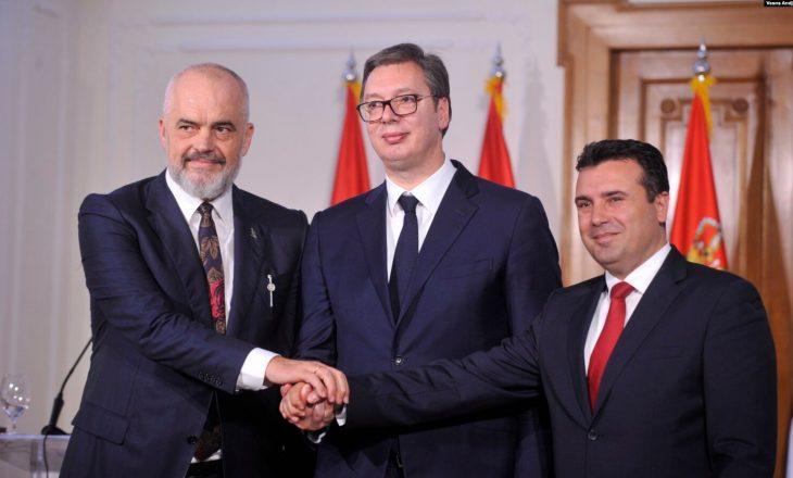 """Rama, Zaev e Vuçiq takohen në Shkup – sot ndryshohet emri i """"Mini-Shengenit"""""""