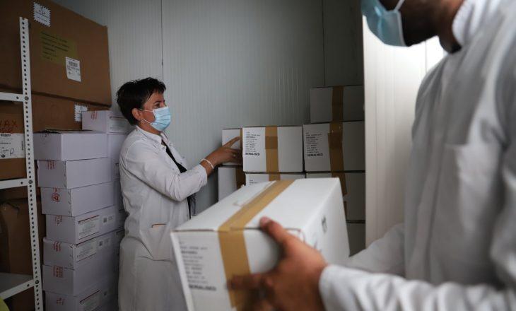 Ministria e Shëndetësisë: Të gjitha vaksinat kundër COVID-19 kanë afat