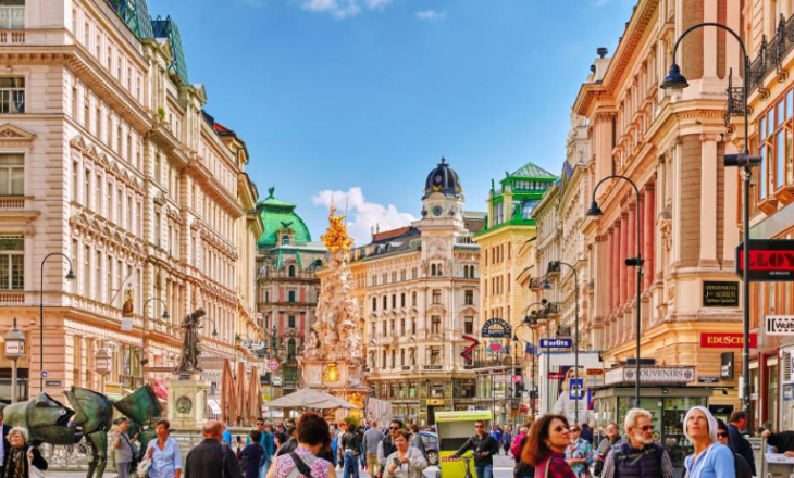 Kosovarët mund të udhëtojnë për në Austri pa u karantinuar
