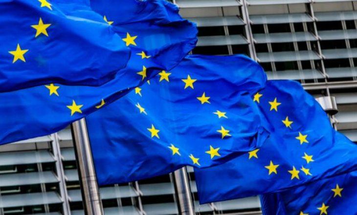 Bashkohen OJQ-të, me nënshkrime kërkojnë nga BE heqjen e vizave