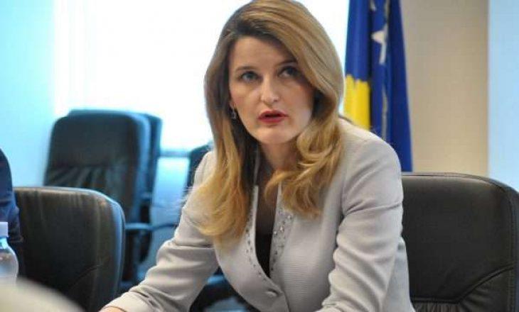 Prokuroria ngritë aktakuzë ndaj ish-ministres Dhurata Hoxha dhe 4 të tjerëve për keqpërdorim të autoritetit zyrtar