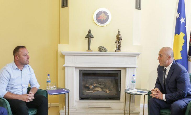 AAK prezanton kandidatin për kryetar të Ferizajt