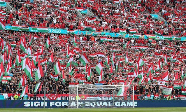 UEFA dënon Hungarinë
