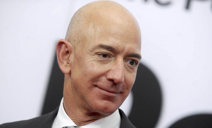 Një 18-vjeçar po shkon në hapësirë me Jeff Bezos