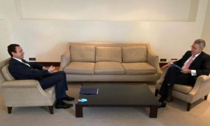 Ambasadori amerikan në Greqi flet pas takimit me Kurtin, tregon se çka diskutuan