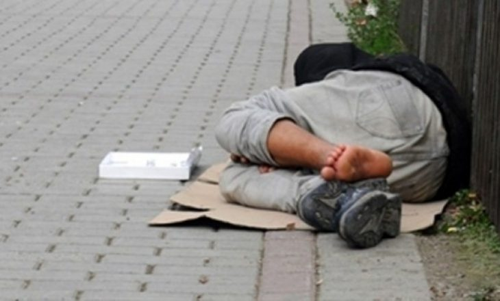 Policia identifikon rreth 70 lëmoshëkërkues, shumica nga Shqipëria