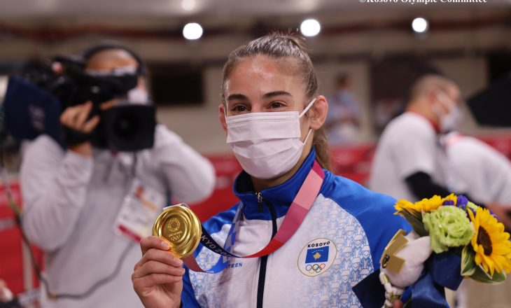 Nora Gjakova falenderon Majlinda Kelmendin