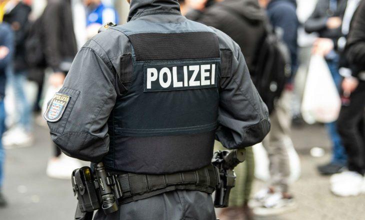 Gjermani: Kosovari vrau me thikë gruan nga xhelozia, zbulohet se vëllai i saj e kishte thirrur me numër tjetër