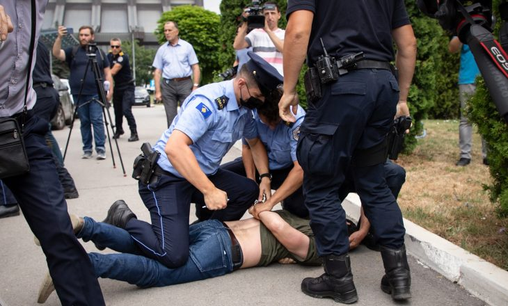 Arrestimi i aktivistëve të PSD-së, suspendohet kryepolici