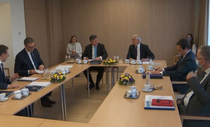 Nis takimi mes Kurtit dhe Vuçiqit në Bruksel