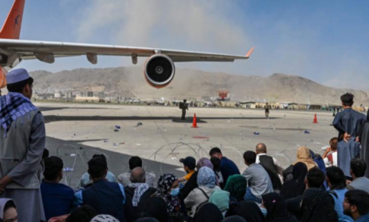 Paralajmërime se mund të ketë sulm terrorist në aeroportin e Kabulit