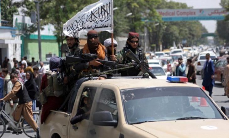 Talebanët pas largimit të ushtrisë amerikane: Tani jemi komb i lirë dhe sovran