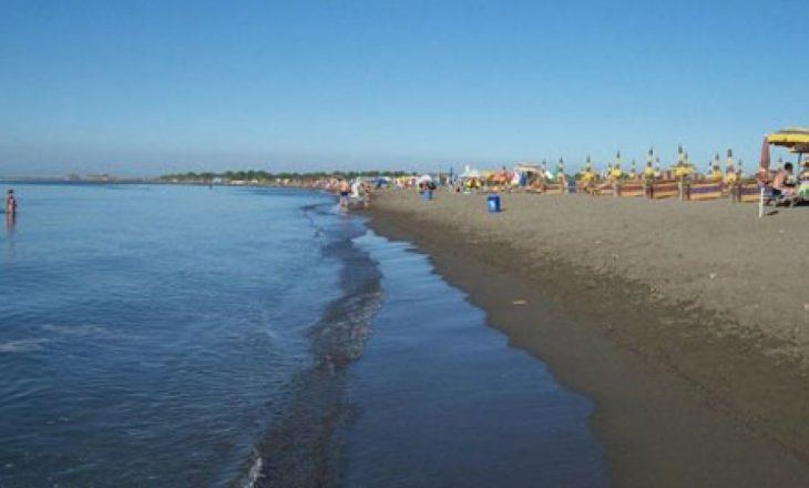 Mbytet një pushues në plazhin e Velipojës, dyshohet se është nga Kosova