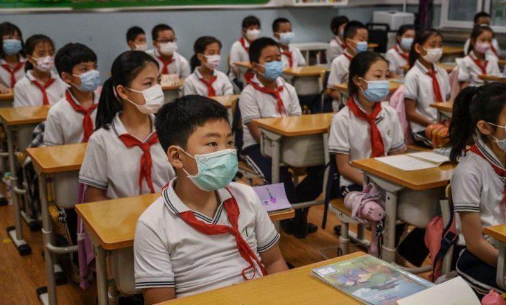 Kina ndalon provimet për fëmijët e shkollave fillore, gjashtë dhe shtatë vjeç