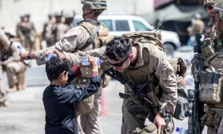 Biden: Përpjekjet për të evakuuar njerëzit nga aeroporti i Kabulit po përshpejtohen