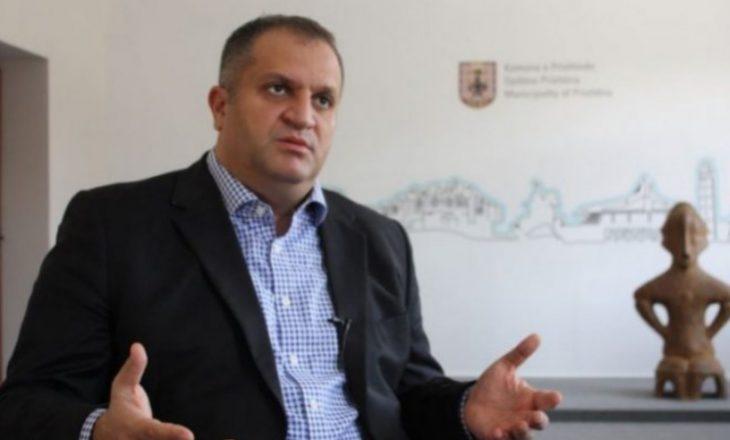 Shpend Ahmeti thotë se asnjëri nga kandidatët për kryetar të Prishtinës s'ia mbush syrin