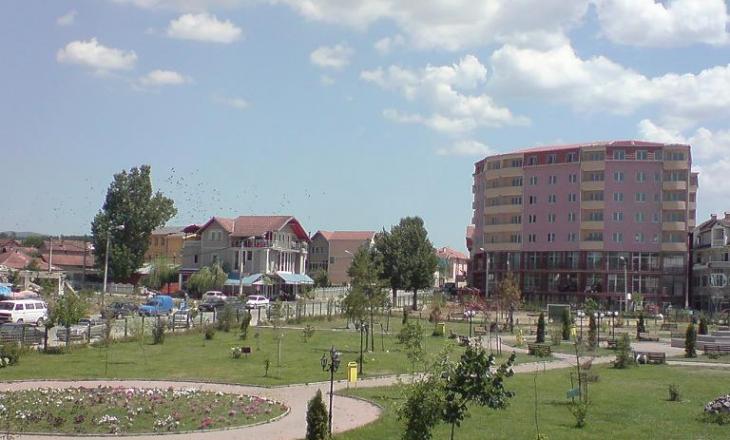 Vdes një 44 vjeçar nga Malisheva si pasojë e COVID-19