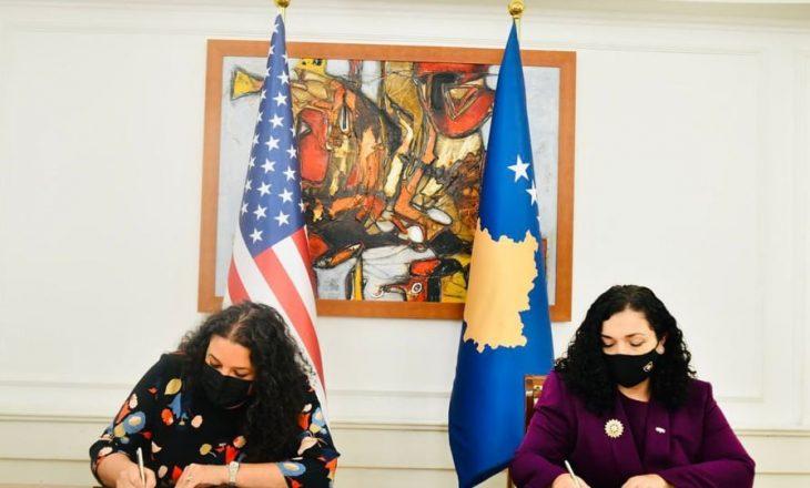 Osmani nënshkruan marrëveshje me USAID-in, Kosova përfiton edhe tre milionë dollarë nga SHBA-ja