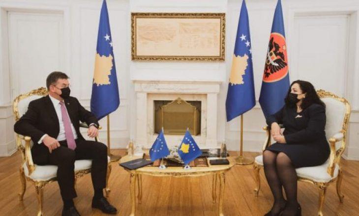Presidenca: Lajçak i tha Osmanit se askush nuk do të kërkojë nga Kosova të negociojë kushtetutshmërinë e saj