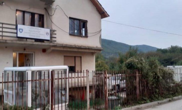 Rihapet Qendra për Regjistrimin e Automjeteve në Zubin Potok