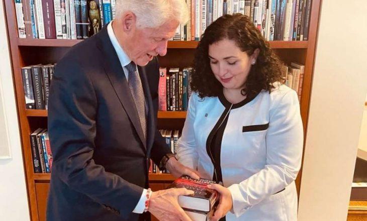 Osmani takon Clintonin, falënderon për çdo gjë që ka bërë për shqiptarët