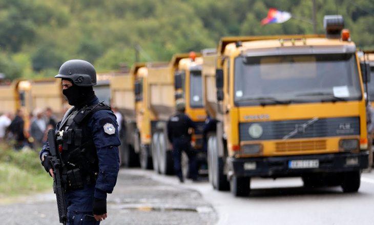 Nata e tretë në Bërnjak e Jarinje kaloi pa incidente, serbët vazhdojnë protestën