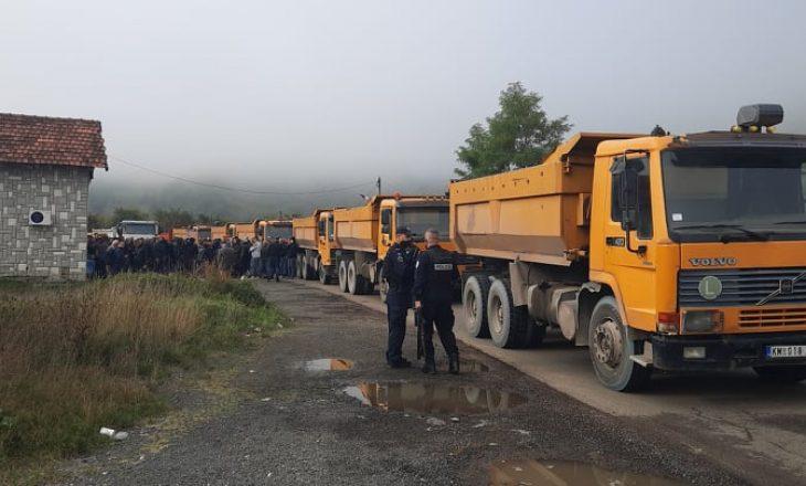 Reciprociteti për targat: Serbët bllokojnë rrugën