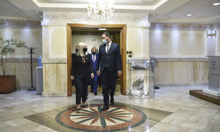 Konjufca takon Nikollën: Jemi një komb e dy shtete