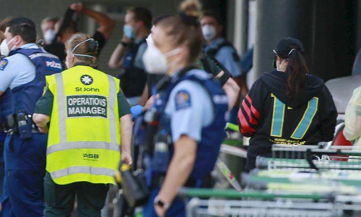 Sulm me thikë në Zelandë të Re, policia vret 'terroristin'