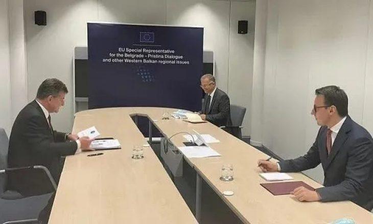 Bisedimet për targat në Bruksel pritet të vazhdojnë sot