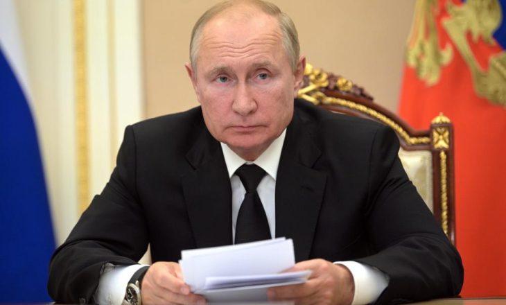 Putin në vetizolim pasi bashkëpunëtorët e tij u infektuan me COVID-19