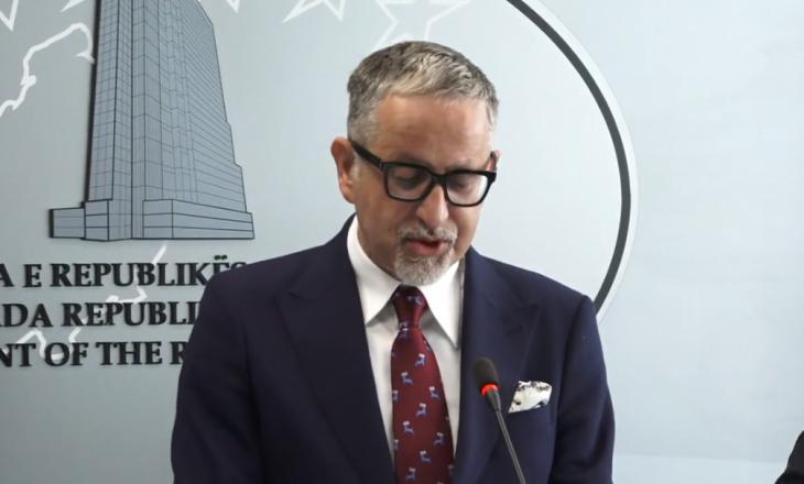 Arben Vitia dorëhiqet nga pozita e ministrit të Shëndetësisë