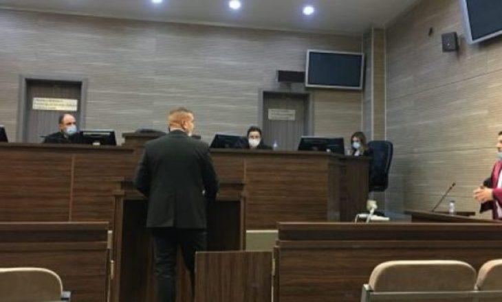 Shkroi se Albin Kurti mund të vritet, Haxhi Hoti dënohet me 6 muaj burgim me kusht