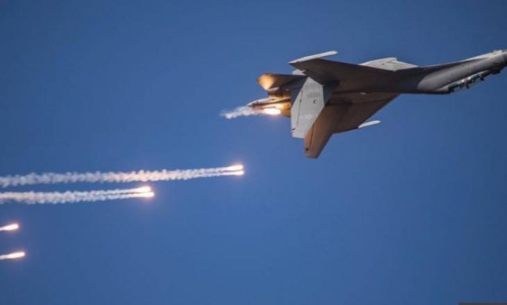 Kina me 38 avionë ushtarakë në zonën e Tajvanit