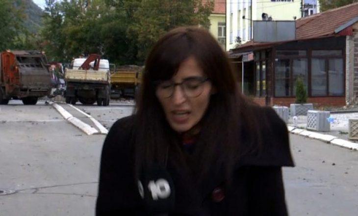 Momenti kur një mjet shpërthen derisa gazetarja po raportonte live nga veriu